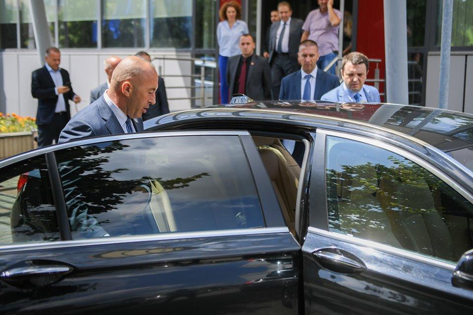 Ekspres: Haradinaj u Hag odlazi u 12.30 iz Prištine