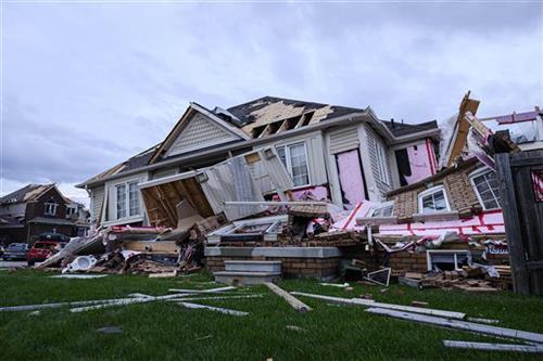 Oluje u Viskonsinu donele tri tornada, jedan čovek stradao