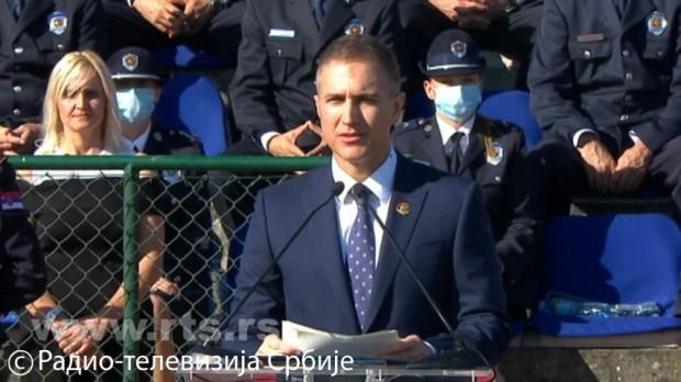Stefanović: Hvala što ste odabrali da služite svom narodu