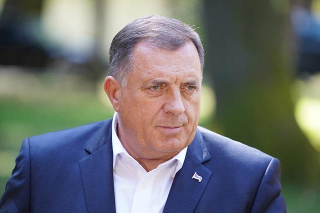 Osam poslanika Evropskog parlamenta traži od Borelja i OHR da zaustave Dodika