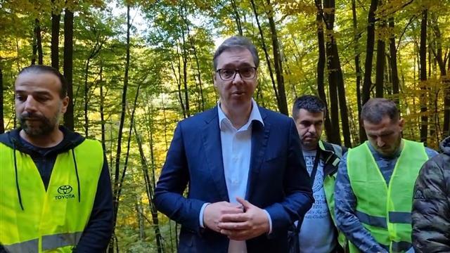 Vučić obišao srpske putare, zahvalio im na vrednom radu