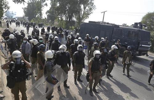 Pakistan: Tragični sukobi demonstranata islamista i policije