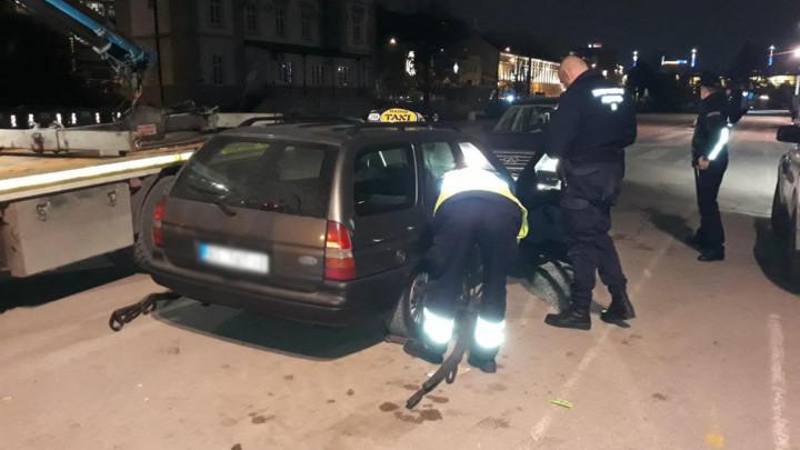 Vanredna kontrola taksi vozila, privremeno oduzeta dva