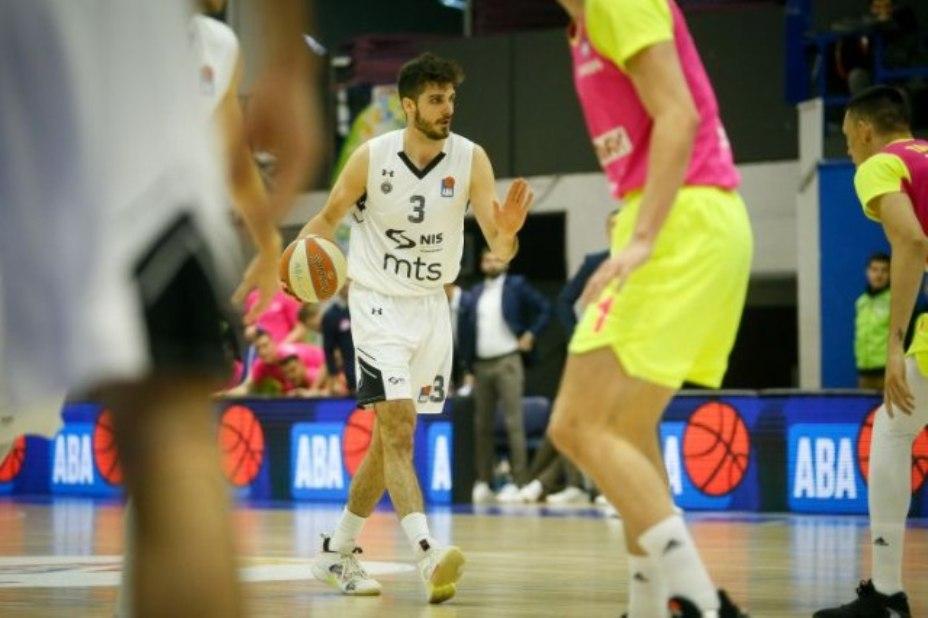 Košarkaši Partizana pobedili Megu