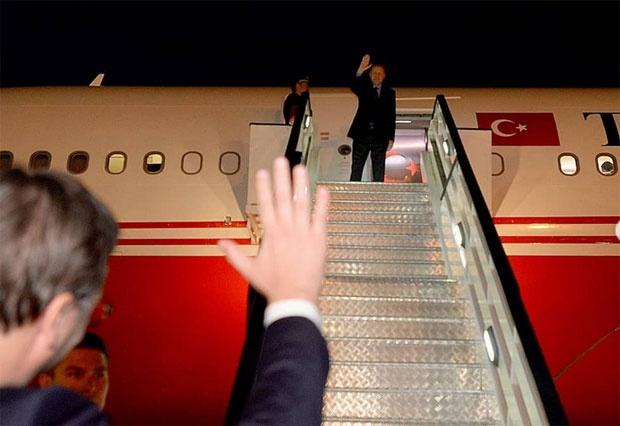 Erdogan završio posetu Srbiji, Vučić ga ispratio