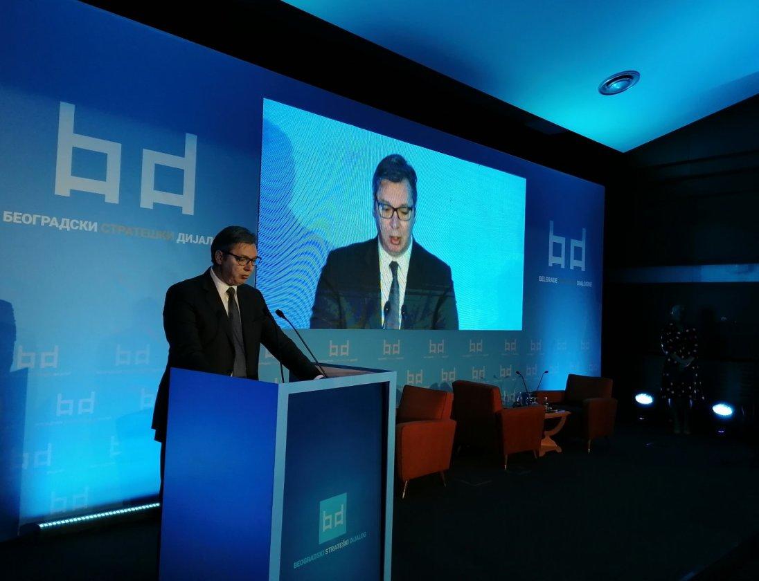 Vučić: Nismo otirač o koji drugi mogu da obrišu noge (video)