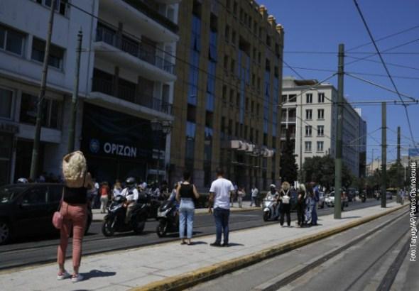Jak zemljotres kod Atine, panika među stanovništvom