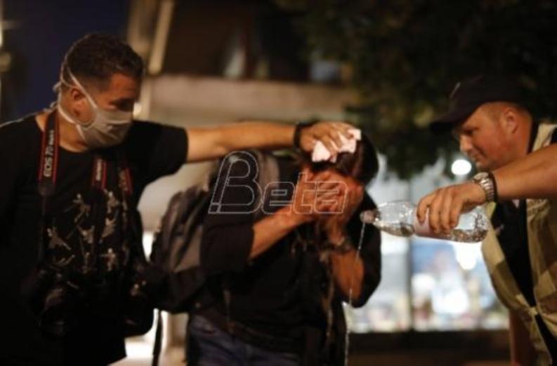 Za dva dana povređeno je petoro novinara i fotoreportera Bete