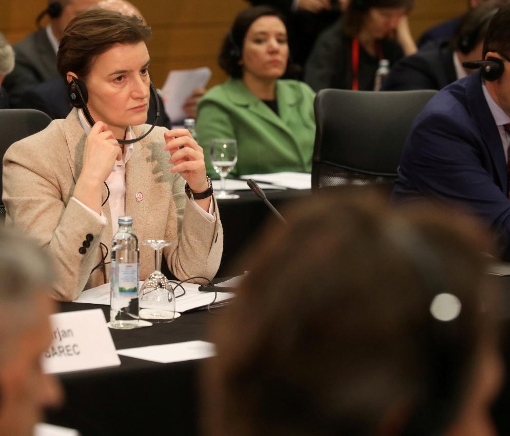 Brnabić: Stav Srbije jasan - Priština da povuče takse, pa dijalog