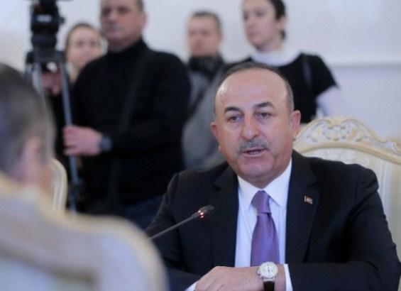 Čavušoglu: Ne želimo da biramo između Rusije i zapada
