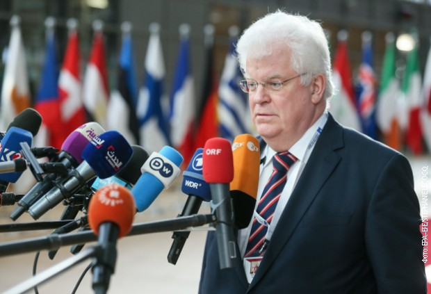 Čižov: EU da ne gleda kroz prste Prištini