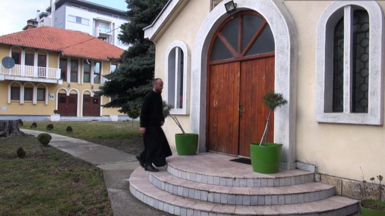 Crkva u Peći mesto gde se moli, okuplja i tihuje