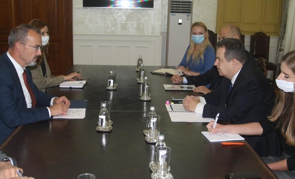 Godfri i Dačić  razočarani merama Prištine