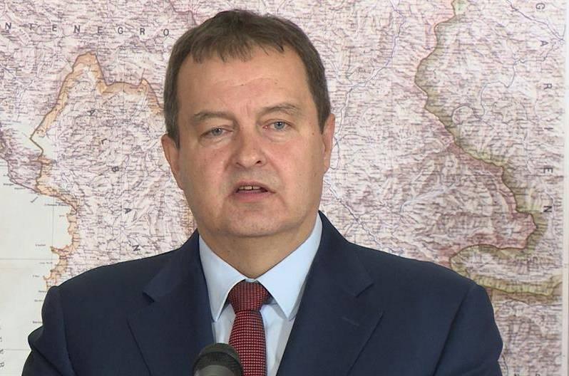 Dačić: Srbija nije izvozila oružje Ukrajini, aferom napadaju Vučića