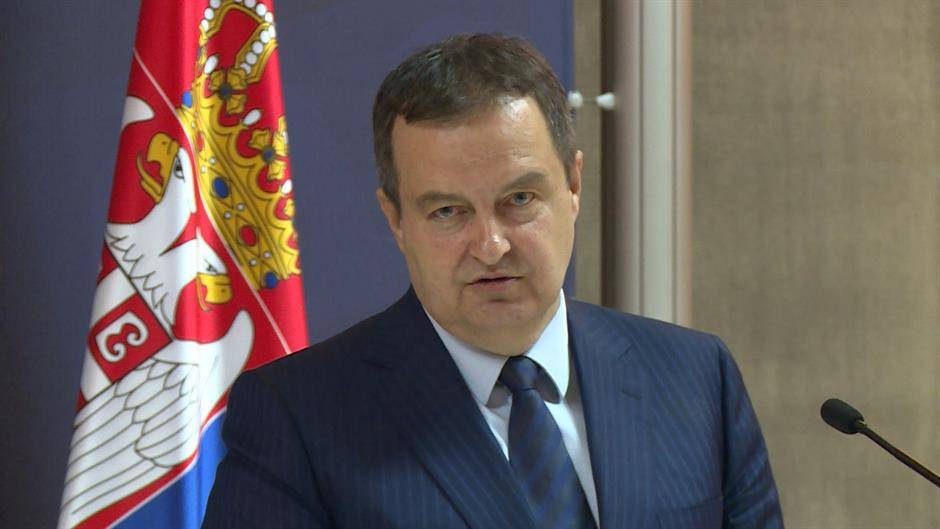 Dačić: Osuđujem izjavu Novice Tončeva, da se izvini Vučiću
