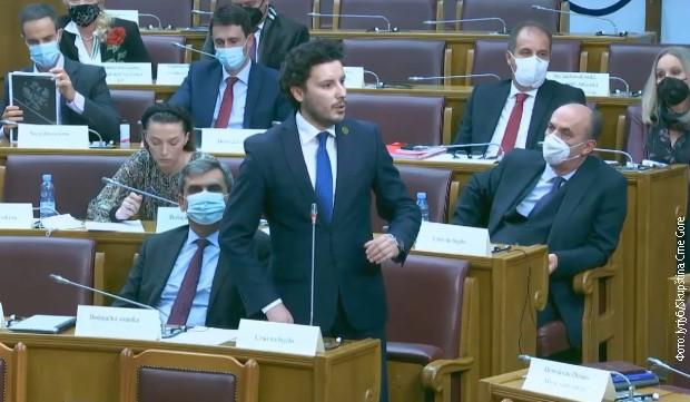 Abazović: Krenućemo od nule u odnosima sa Srbijom, ne želimo svađalačku politiku
