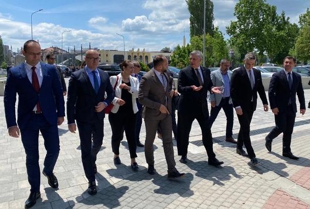 Kosnet: Poseta Severnoj Mitrovici je bila produktivna