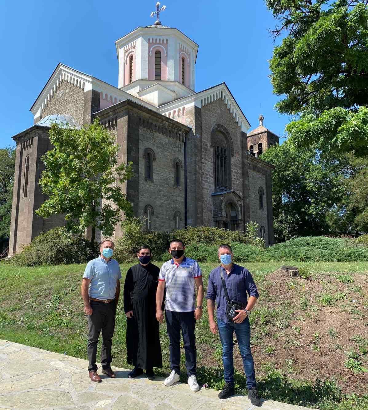Pomoć za obnovu crkve Svetog Save u južnom delu Kosovske Mitrovice