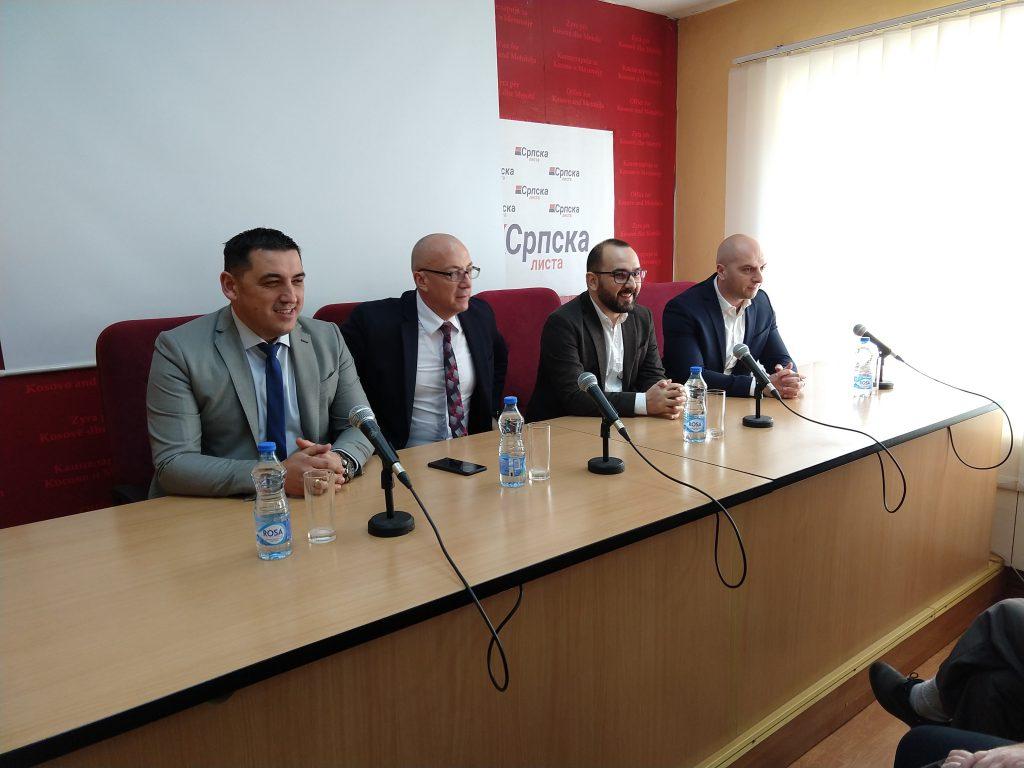 Gradski čelnici i predstavnici Kancelarije za KiM sa direktorima JP u Kosovskoj Mitrovici