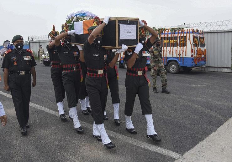 Užasavajuće povrede indijskih vojnika u sukobu u Himalajima
