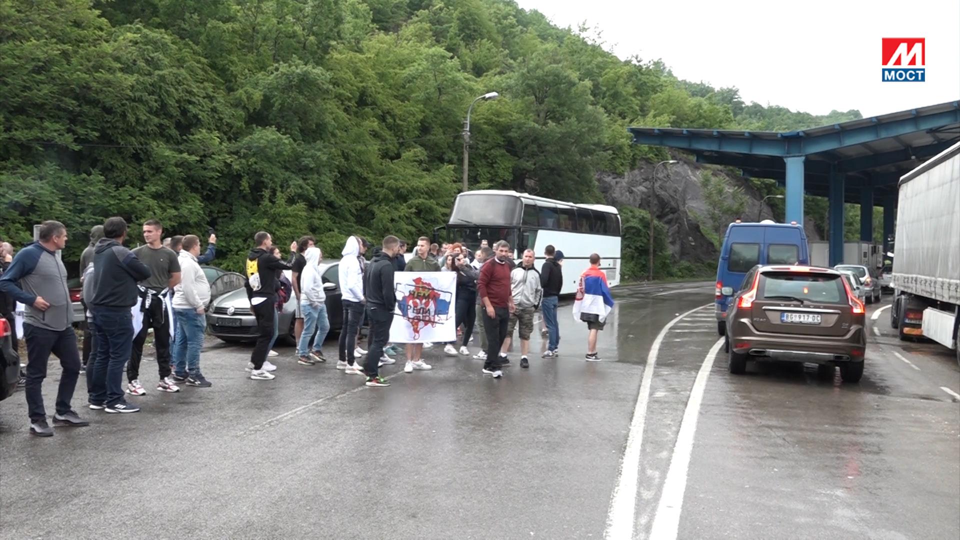 Autobusi vraćeni sa Jarinja