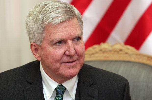 Skot: SAD neće voditi proces između Beograda i Prištine