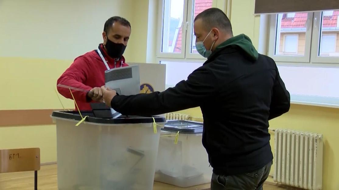 Zatvorena birališta na Kosovu i Metohiji, najveća izlaznost u opštinama sa srpskom većinom