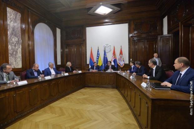 Mandić i Knežević za otvorene granice između Crne Gore, Srbije i RS