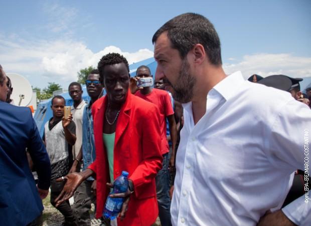 Salvini dozvolio iskrcavanje dece sa broda