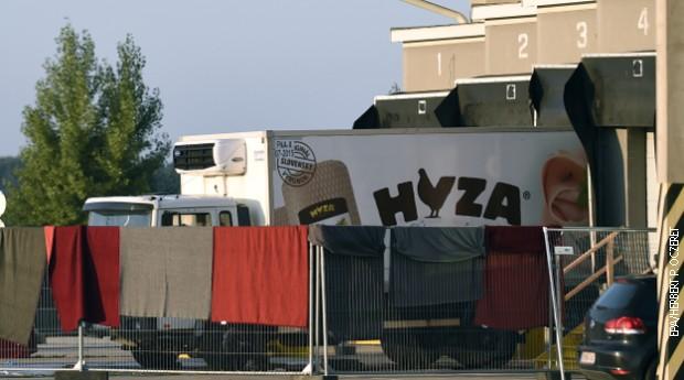 Mađarska, doživotna robija zbog smrti 71 migranta