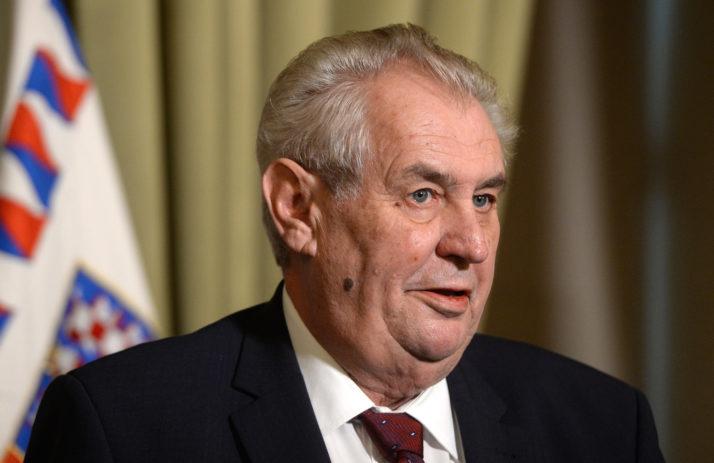 Zeman: Kao novajlija u NATO odobrili smo bombardovanje. Greška!