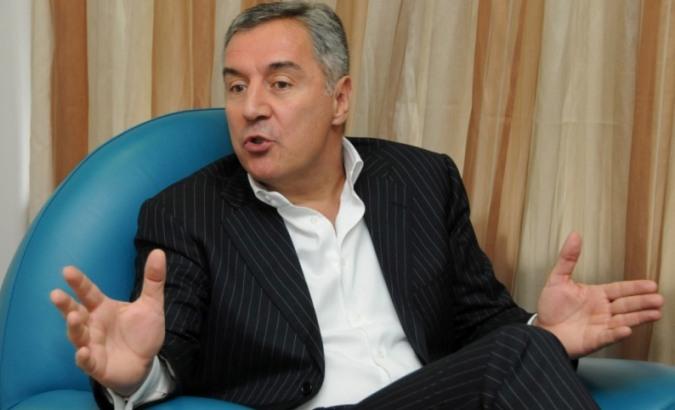 Knežević: Đukanović da kaže gde su pare od Telekoma