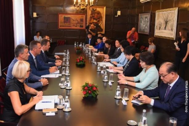 Mirović i Li o jačanju saradnje