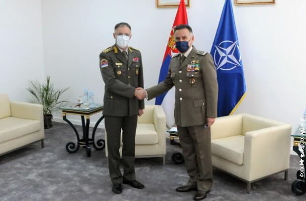 Načelnik Generalštaba sa šefom Vojne kancelarije NATO-a za vezu