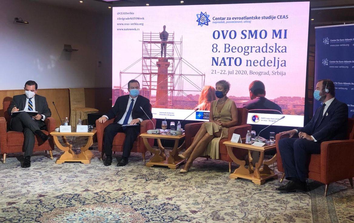 Panelisti: Kina udaljava Srbiju od Evropske unije
