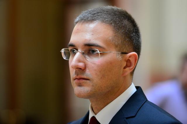 Stefanović: Vučić brine o interesimа Srbije, Dačić bira lakši put