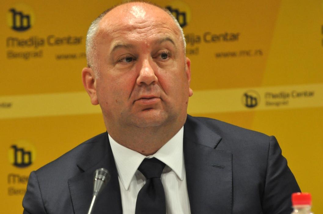 Popović:Ako usvoje zakon,vlada da prekine sve odnose sa Crnom Gorom