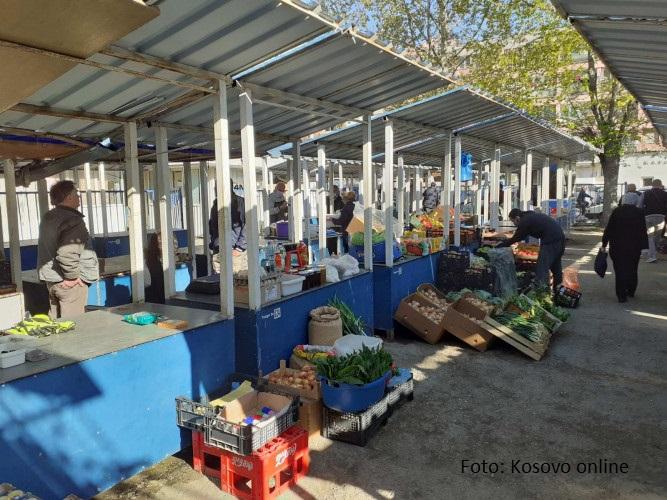 U Severnoj Mitrovici počela sa radom zelena pijaca