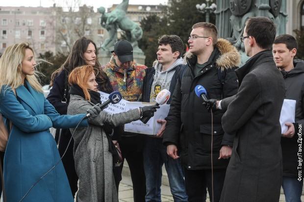 Predati potpisi za rezoluciju o ugroženosti Srba u Crnoj Gori