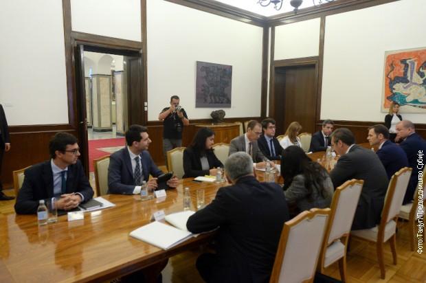 Vučić  sa predstavnicima Misije Međunarodnog monetarnog fonda