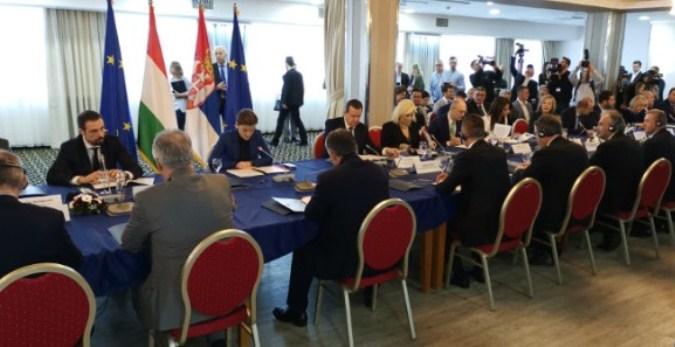 Zajednička sednica srpske i mađarske vlade