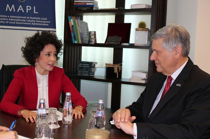 Hodžić sa Kosnetom o situaciji na Kosovu