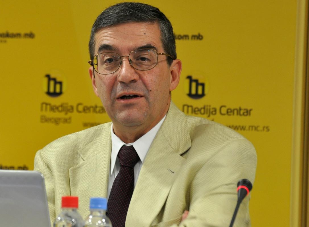 Trifković: Ne odreći se tapije nad kosovskom zemljom