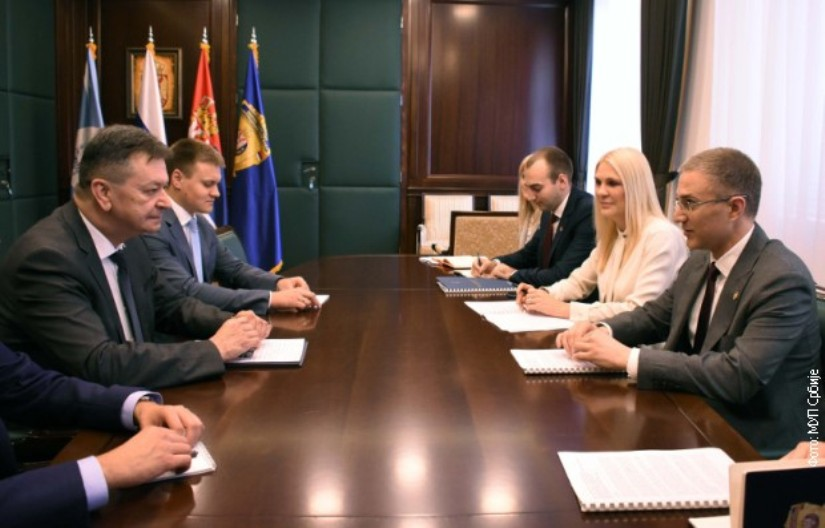 Stefanović sa potpredsednikom Interpola o zahtevu Prištine