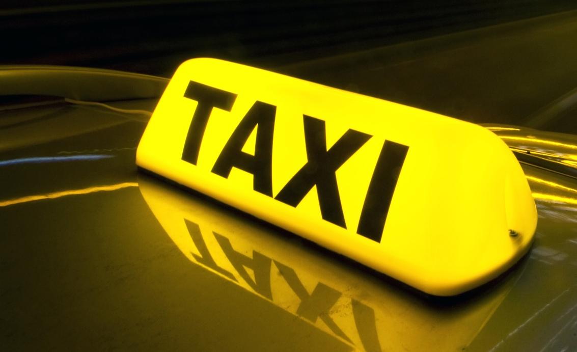 Kosovska Mitrovica: Taksi udruženja počela da rade