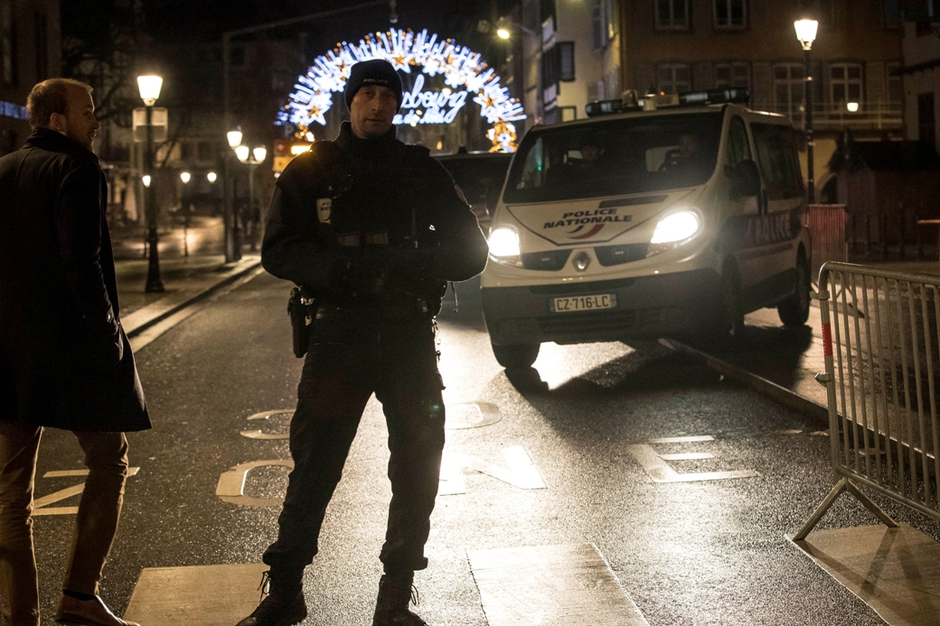 U Strazburu troje mrtvih, 12 ranjenih, napadač u bekstvu