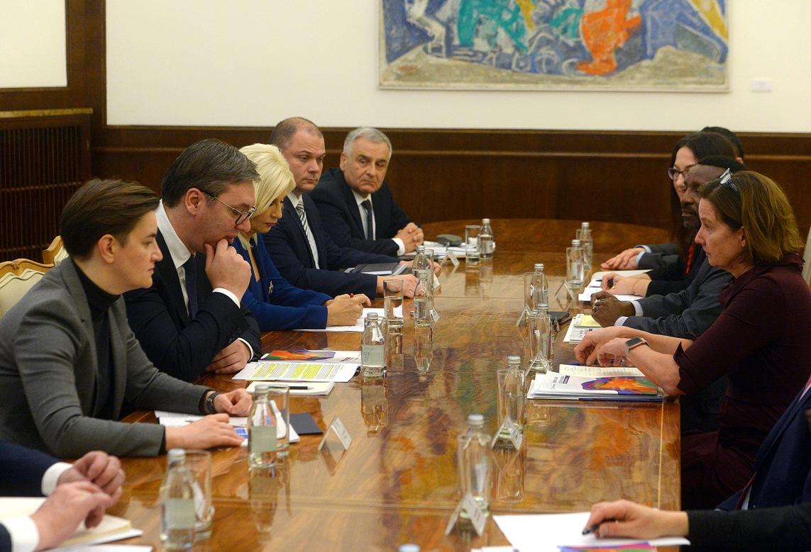 Vučić: Potrebna pomoć Svetske banke za još snažnije reforme