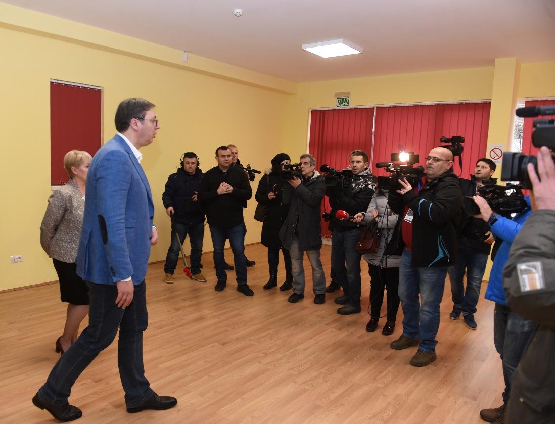 Vučić u Vladičinom Hanu nastavio kampanju