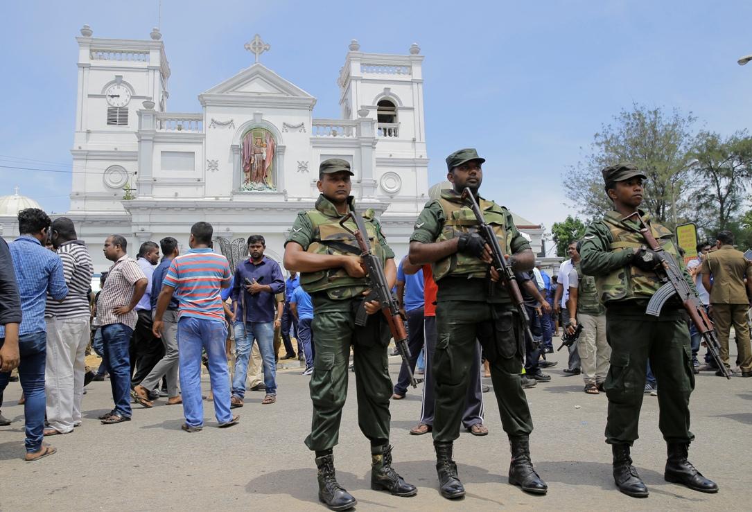 Šri Lanka: Više od 180 mrtvih i 500 povređenih u nekoliko eksplozija (FOTO)