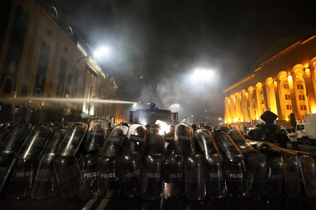 Neredi u Tbilisiju zbog ruskog poslanika; Zurabišvili: Rusija stoji iza protesta